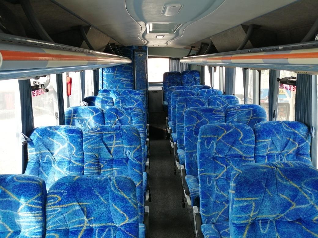 Alquiler de minibus de 27 pasajeros transporte provado