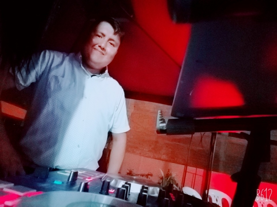 Servicio dj   sonidos y luces   animación y show especiales
