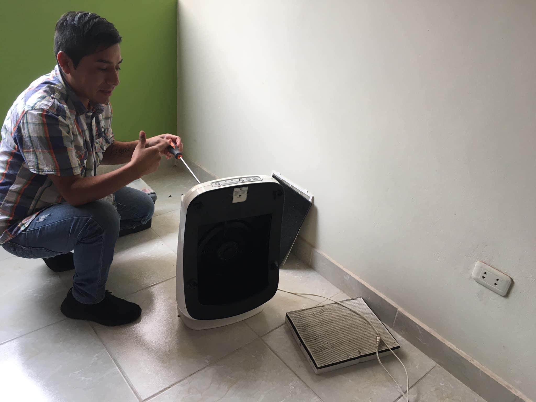 Servicio técnico a domicilio con garantía de 1 año