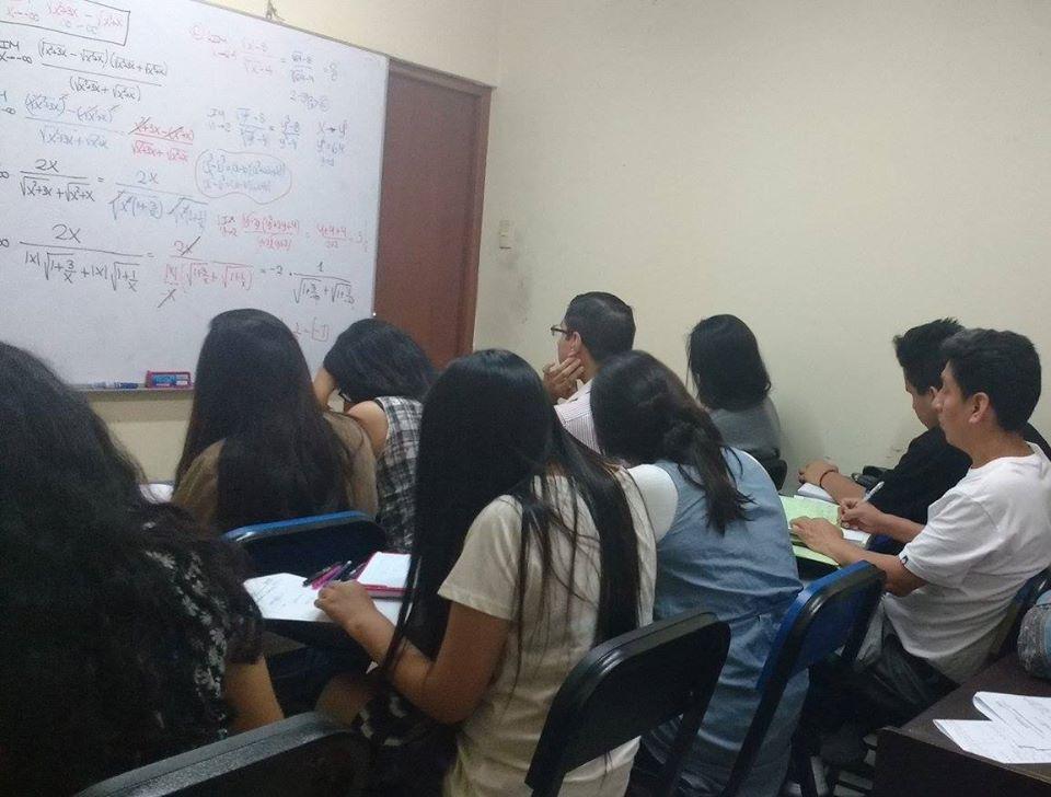 Clases de matemática física química profesor UNI