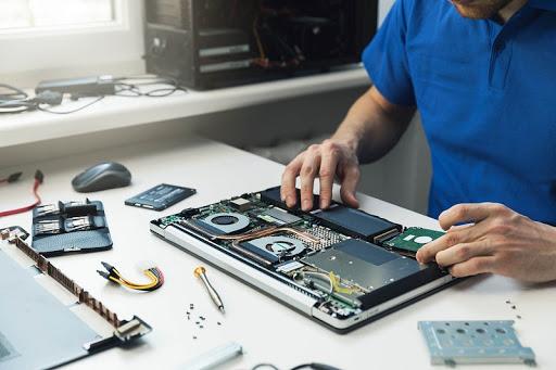 Técnico de pcs y Laptops a domicilio